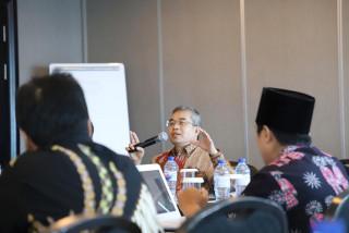 Workshop Integratif Penerapan Identitas Bela Negara dan Pengembangan MKWU hari kedua bersama Yudhi Latief