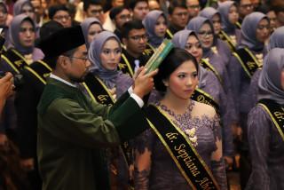 UPN Veteran Jakarta Kembali Luluskan Dokter Baru,  dalam Sidang Terbuka Senat FK UPNVJ Pelantikan dan Angkat Sumpah Dokter ke – 61