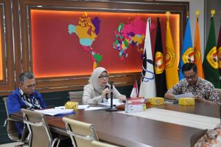 Kejar Target yang dicapai, Rektor mengadakan Refleksi 2019 dan Re-Orientasi 2020-2022 di Biro Akademik, Kemahasiswaan, Perencanaan dan Kerjasama (AKPK) UPNVJ