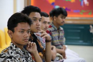 Tak Kenal Maka Tak Sayang, SMA IT AL – Marjan Lakukan Kunjungan ke UPNVJ
