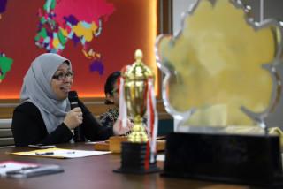 Rektor UPNVJ Temui Mahasiswa Berprestasi